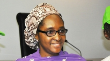 Minister of Finance convoy blocked by Nigeria Airways pensioners, Zainab Ahmed - The $1 billion dollars loan for Green Imperative Scheme
