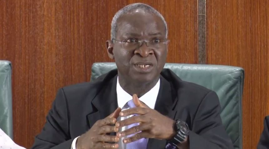 #EndSARS: Fashola discovers strange camera at Lekki Tollgate, FEC approves road, road concessions