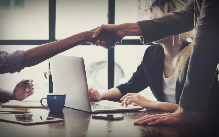 Some important tips for companies in view of customer Service Week 2019, Polarization: How to attract the right customers, while keeping the ''wrong'' ones out, 9 hacks to attracting and retaining wealthy customers