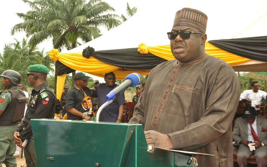 Farmers to benefit from FG's 50% discount charge on agriculture equipment purchase