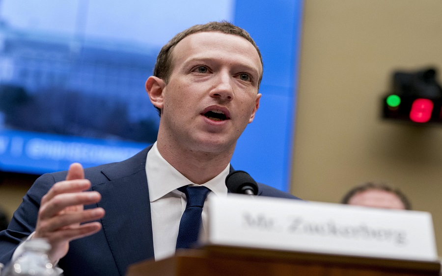 Facebook loses $7 billion due to ad boycotts by big names