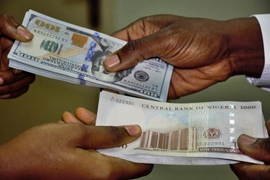 Exchange rate remains flat, currency traders resume operations after curfew is relaxed