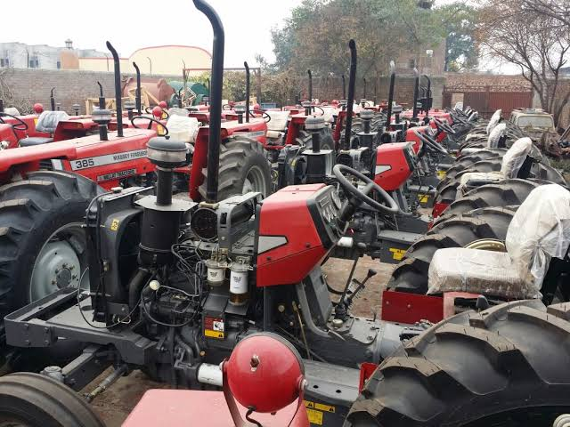 #EndSARS protest: Hoodlums loot 110 tractors in Yola
