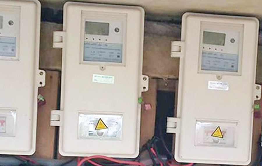 Buhari moves against Discos and agents that collect money for prepaid meters