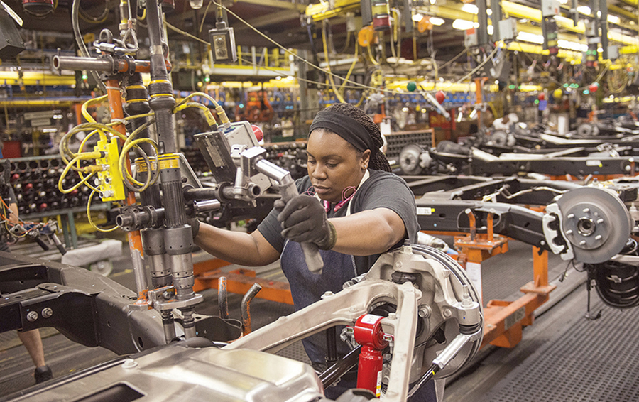 The Manufacturing Sector contracts by -2.75% in 2020, bringing 2 years of growth to an end